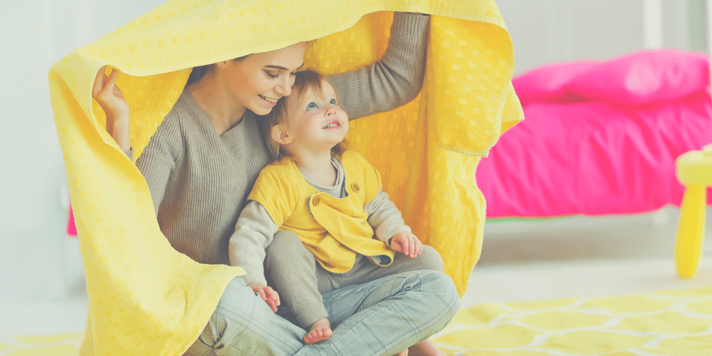 If you ever wondered how to be a playful mom, here are 3 tips that will help you find the joy in every moment that you spend with your kids! | Play ideas for moms | Play ideas for kids | Play ideas for toddlers | No-prep activity ideas